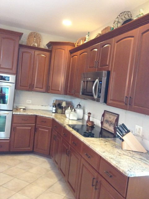 Clarendon Hills IL Cabinet Refinishers